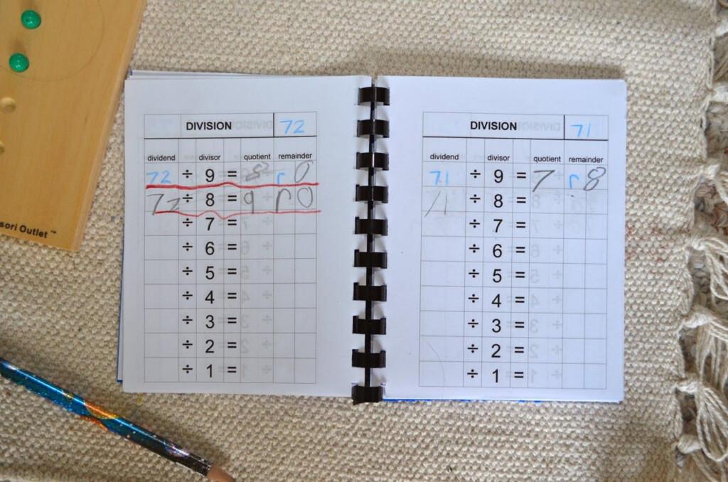 Division Tables Booklet Montessori Diy Free Printable | How